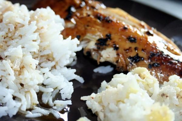Servir avec du riz
