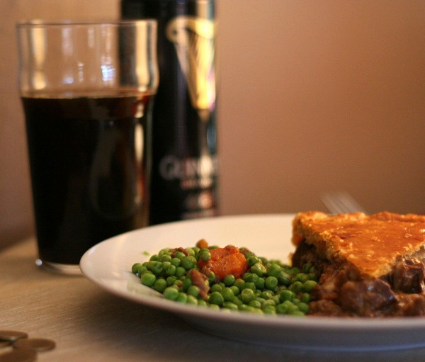 Steak, guinness and cheese pie Jamie Oliver