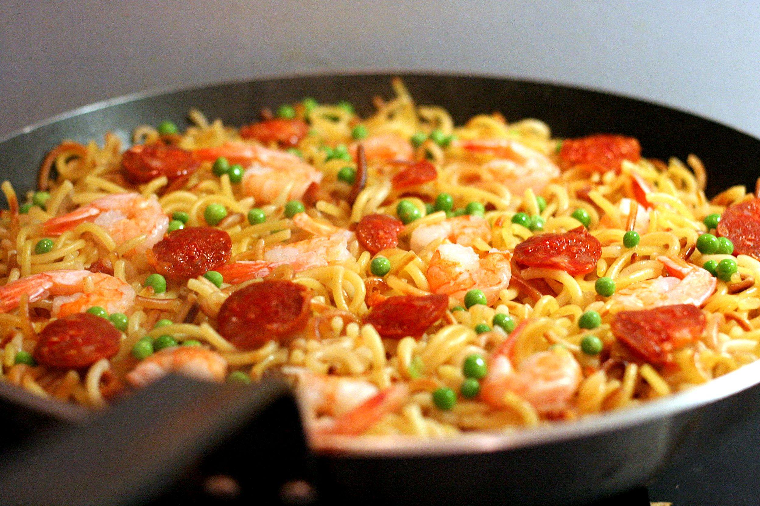 Po l e de p tes chorizo et crevettes inspiration fideua mais de loin cooking mumu - Chorizo a griller recette ...
