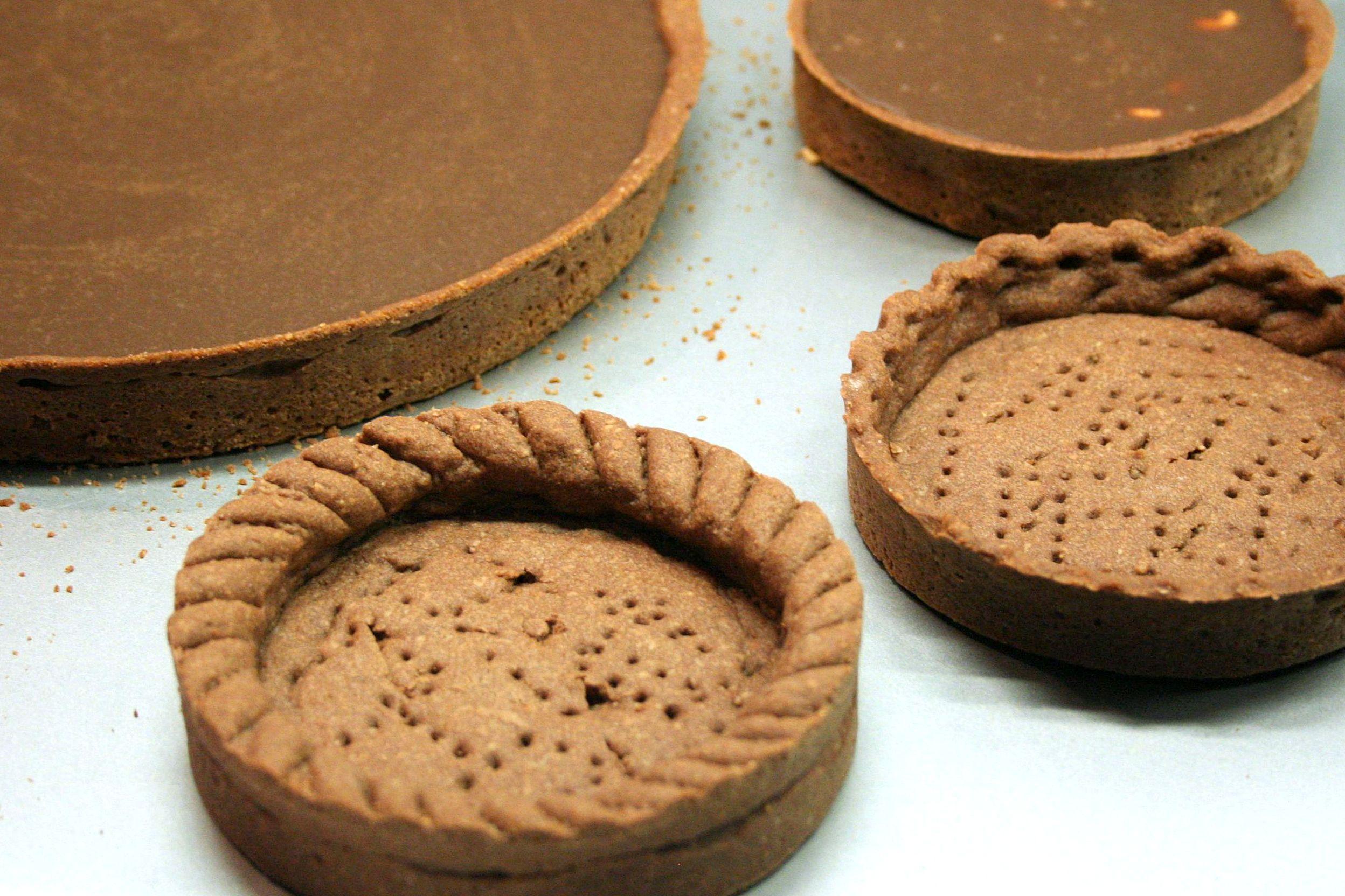 Tarte au chocolat ou tarte snickers cooking mumu - Fond de tarte biscuit ...