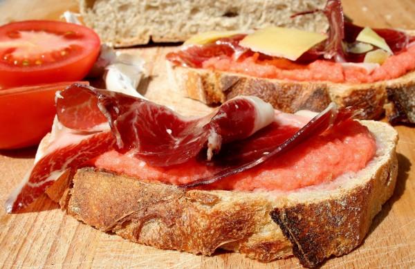 Pain con tomate avec jambon joselito