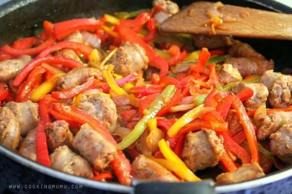 Spetsofai en cuisson