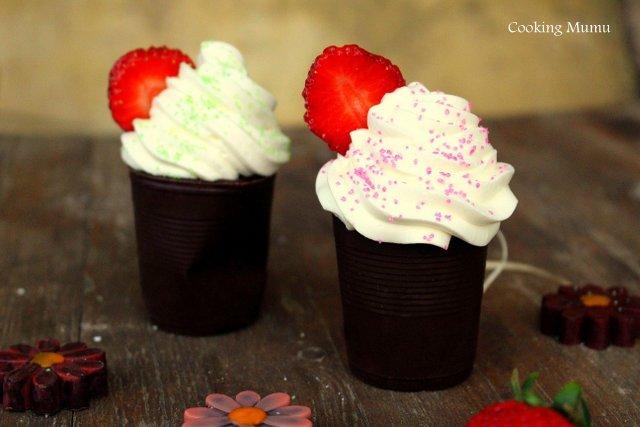Gobelets garnis fraise chantilly