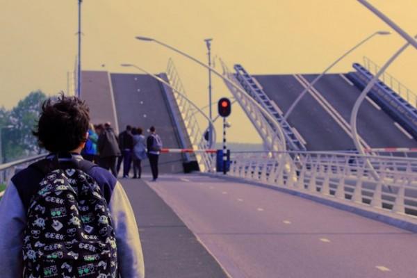 Ouverture du pont pour le passage des bateaux