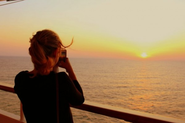 Marie au soleil couchant