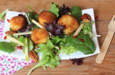Salade au reblochon pané