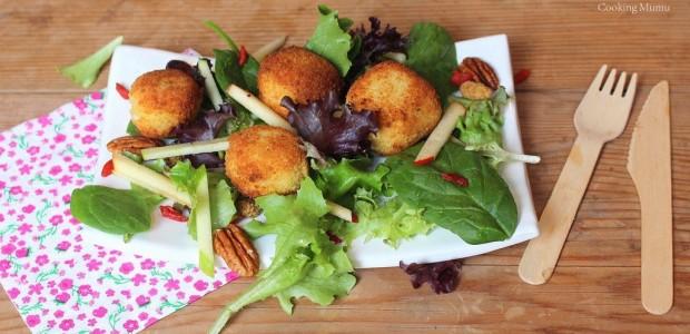 Salade sucrée-salée au Reblochon pané