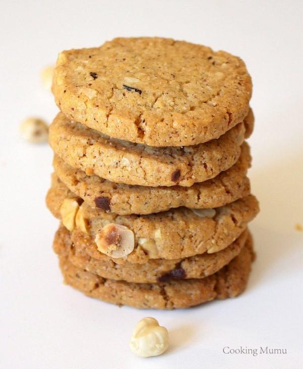 Tas de biscuits à la noisette