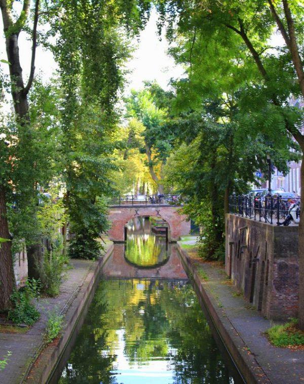 canal-utrecht