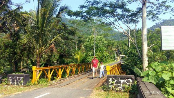 Sidemen bridge