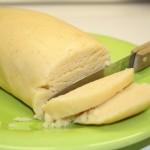 Couper des tranches de pâte